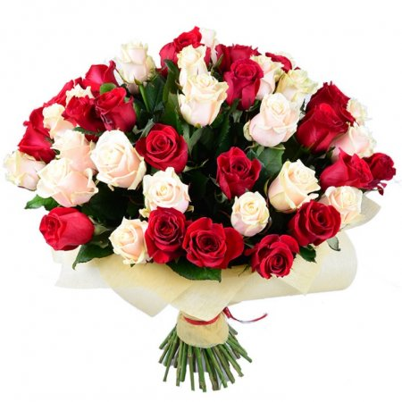 Bouquet 51 red and creamy roses