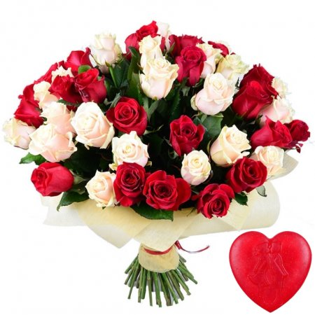 Bouquet 51 red and creamy roses + soap for free