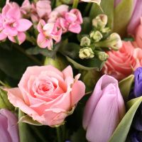 Buy flowers in online store with delivery across the country